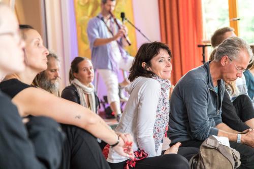 2. Yogafestival Fulda 2017 | Klein-Heilig-Kreuz, Großenlüder